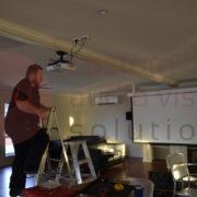 adjusting projector